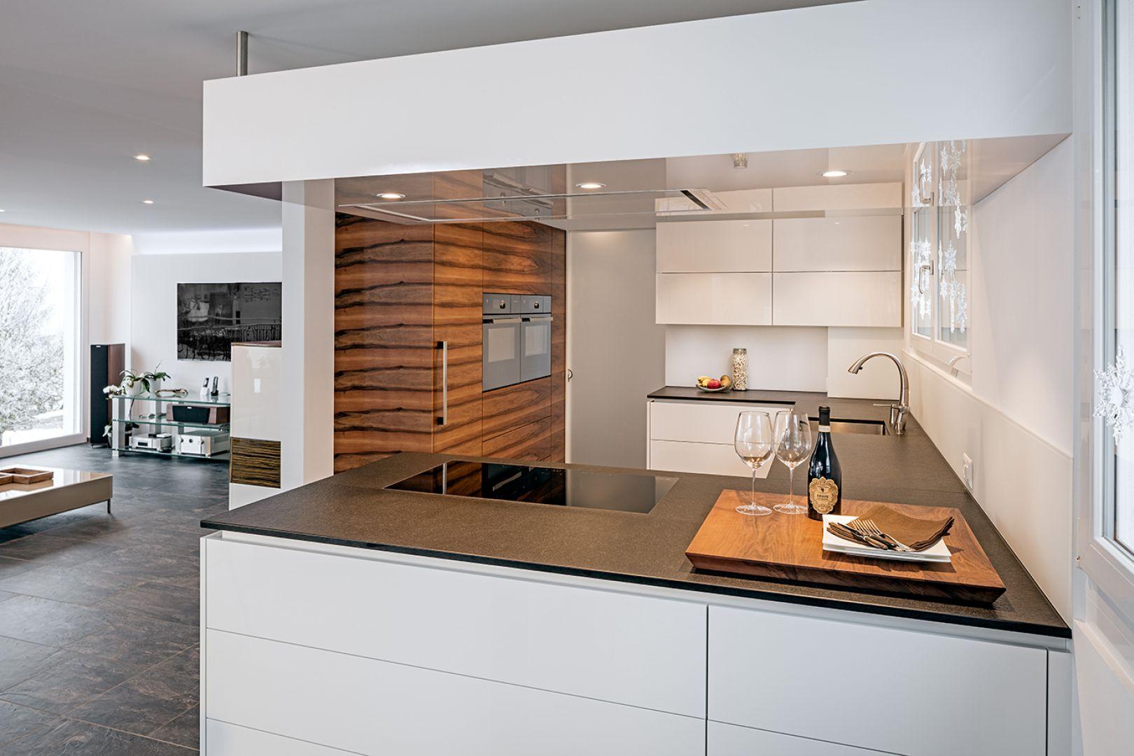 detailansicht furrer k chen. Black Bedroom Furniture Sets. Home Design Ideas